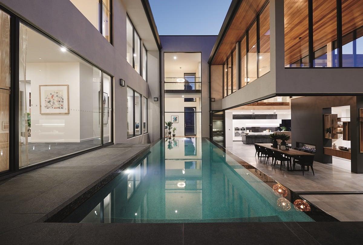 323 Belmore Pool-Front-Dus_CMYK
